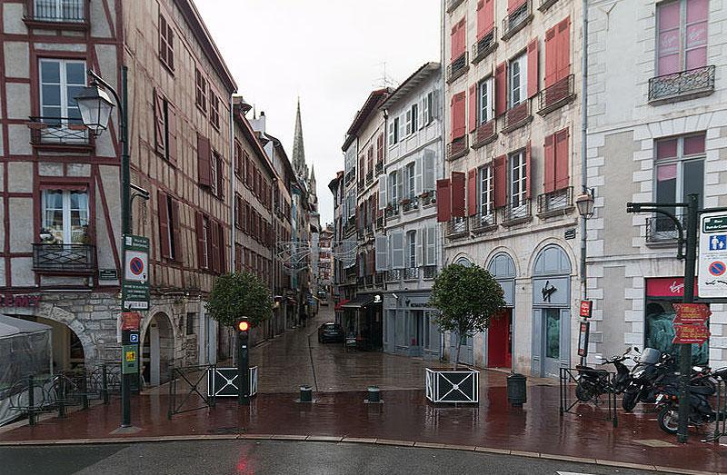 Bayonne : Rue Port de Castets